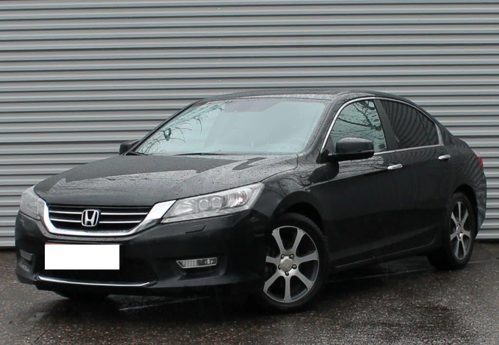 Honda Acord - фото