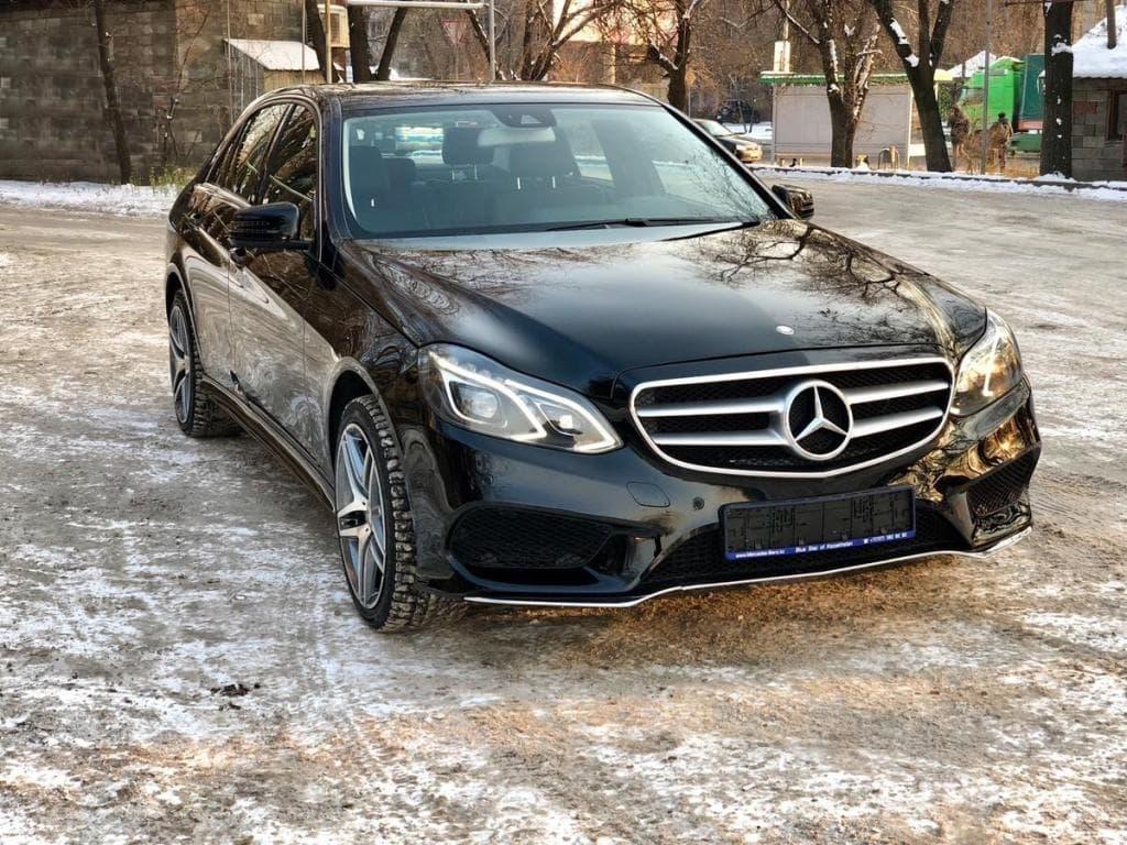 Mercedes-Benz E250 CDI - фото 1