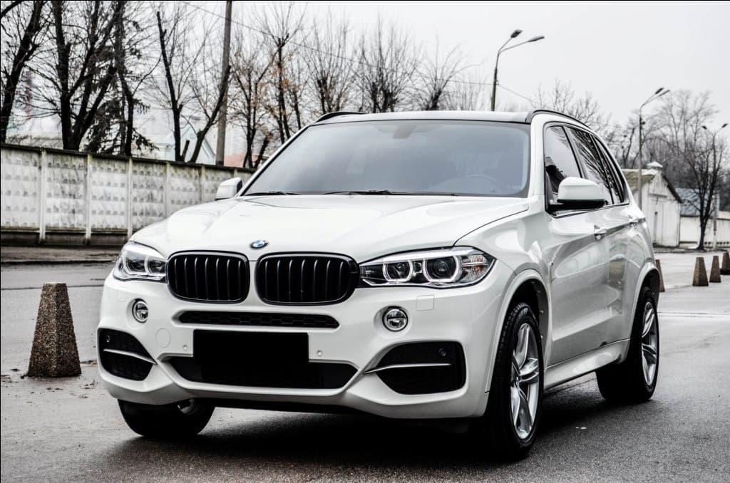 BMW X 5 - фото