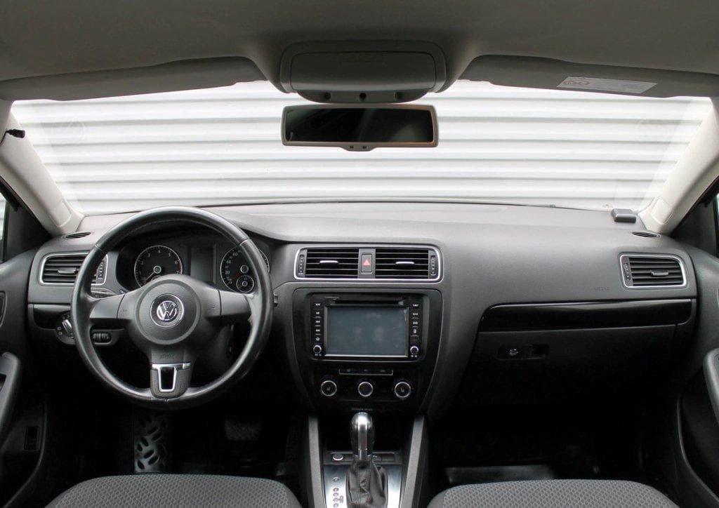 Volkswagen Jetta - фото 9
