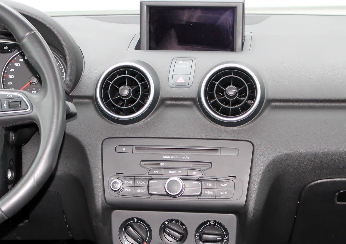 Audi А1 - фото 8