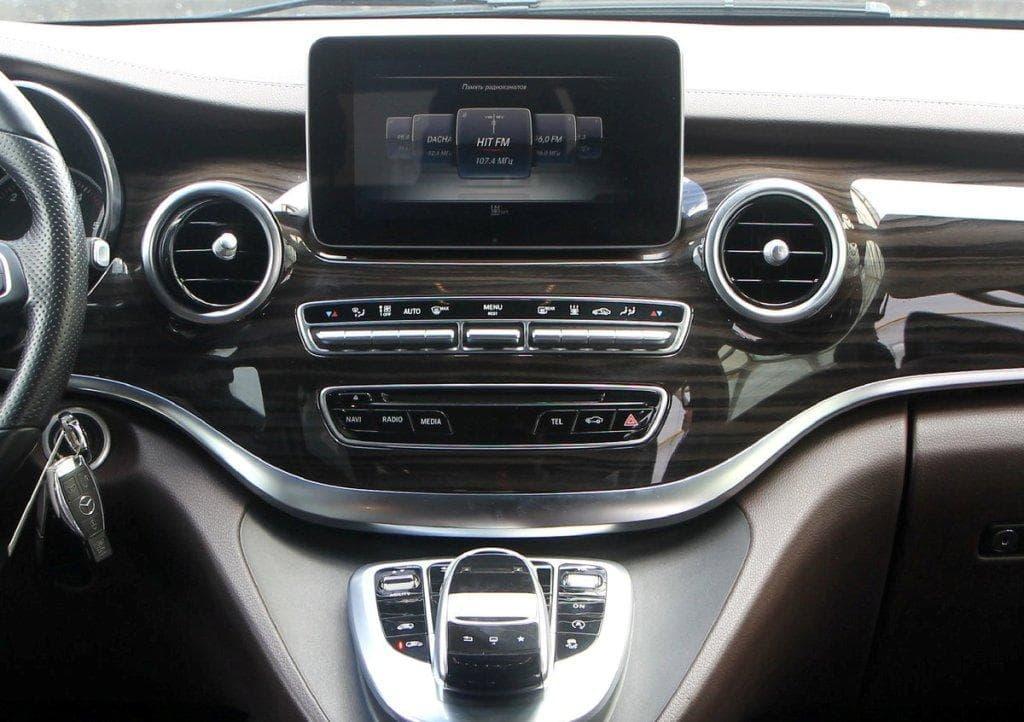 Mercedes-Benz V-klass AMG - фото 8