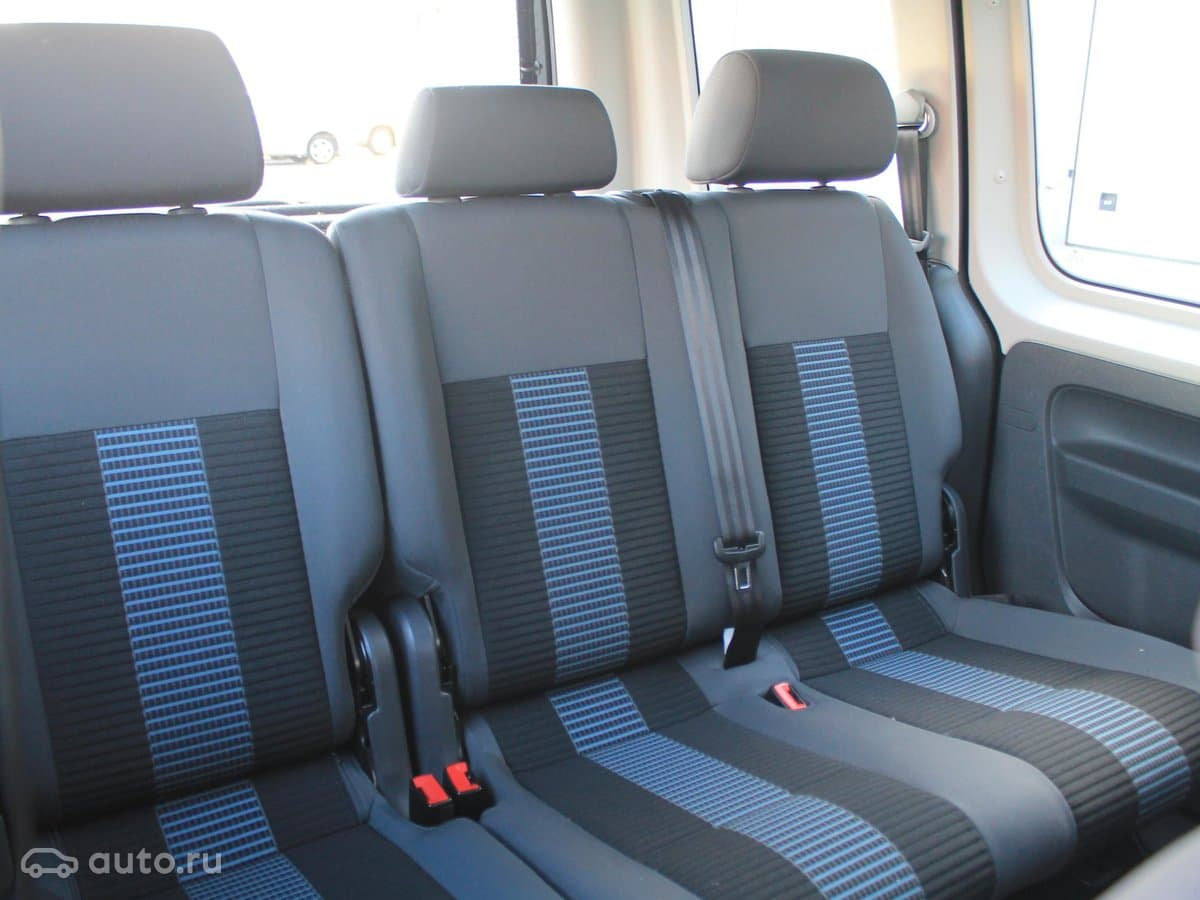 Volkswagen Caddy - фото 10