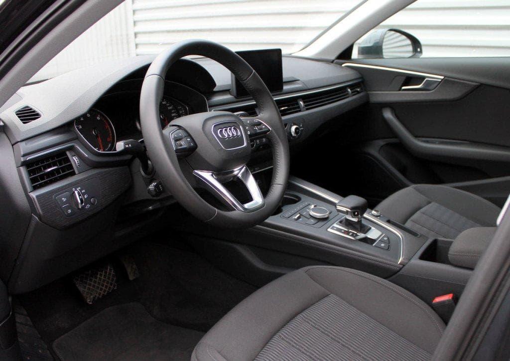 Audi A4 - фото 9