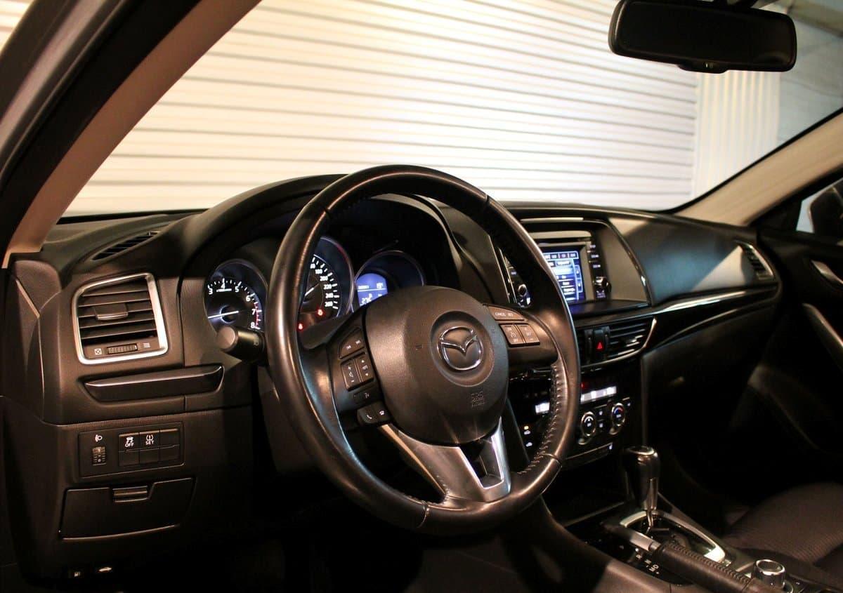 Mazda 6 - фото 10
