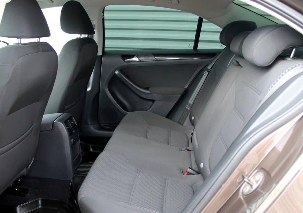 Volkswagen Jetta - фото 11