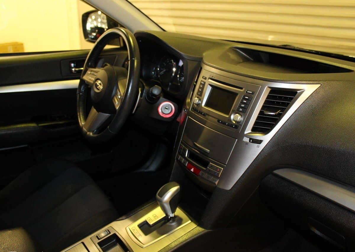 Subaru Outback - фото 8