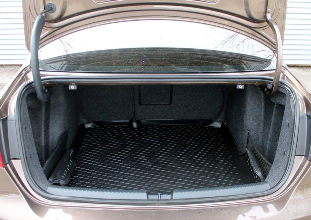 Volkswagen Jetta - фото 12