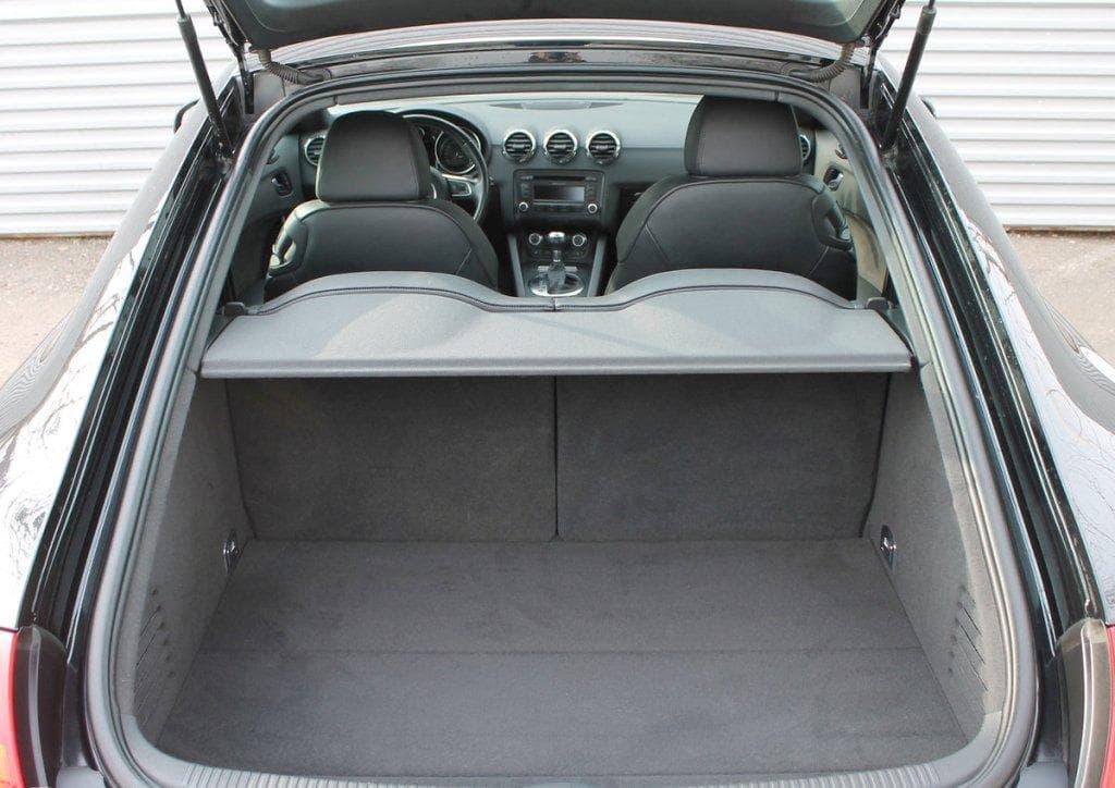 Audi TT - фото 11