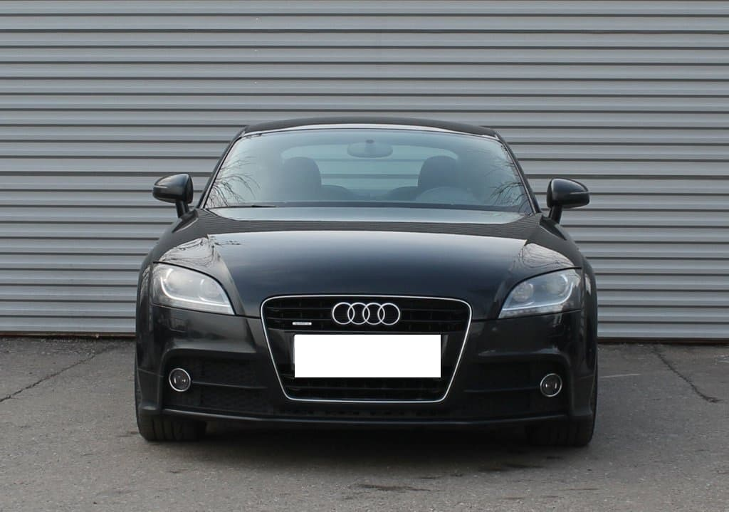 Audi TT - фото 12