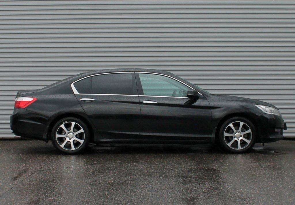 Honda Acord - фото 1