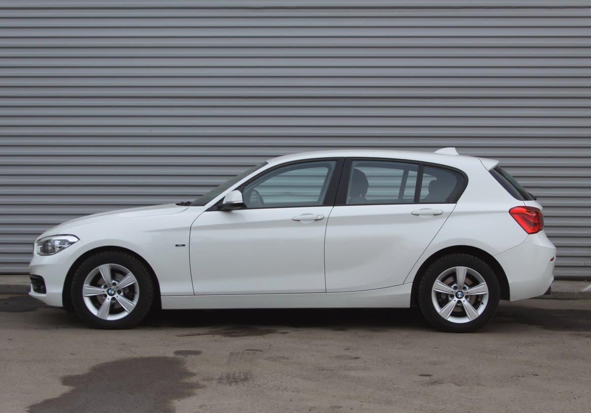 BMW 120 - фото 1