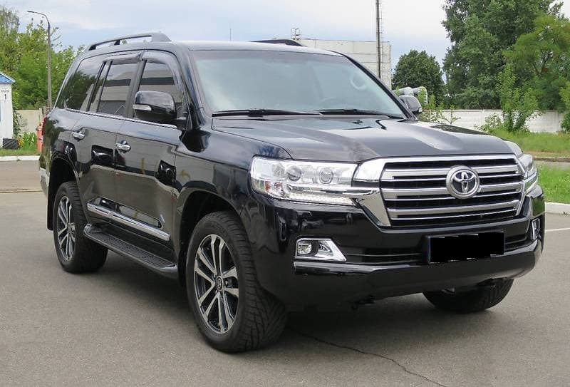 Toyota Land Cruiser 200 2018 - фото 2