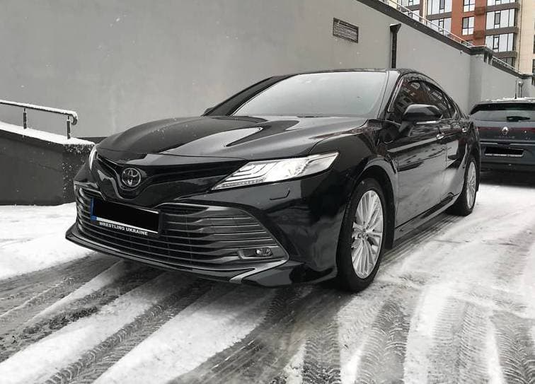 Toyota Camry 50 - фото