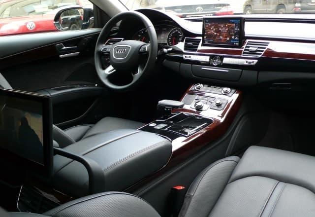 Audi A8 Quattro - фото 2