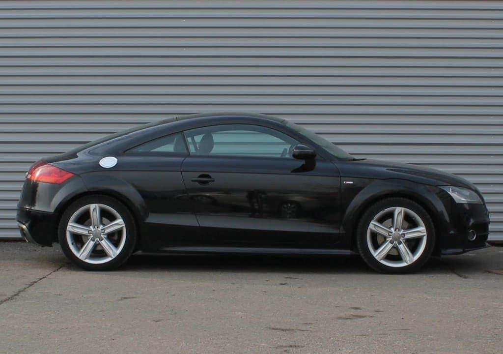 Audi TT - фото 1