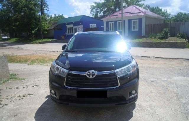 Toyota Highlander - фото 3