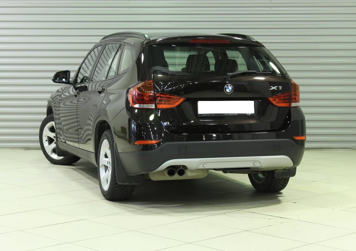 BMW X1 - фото 2