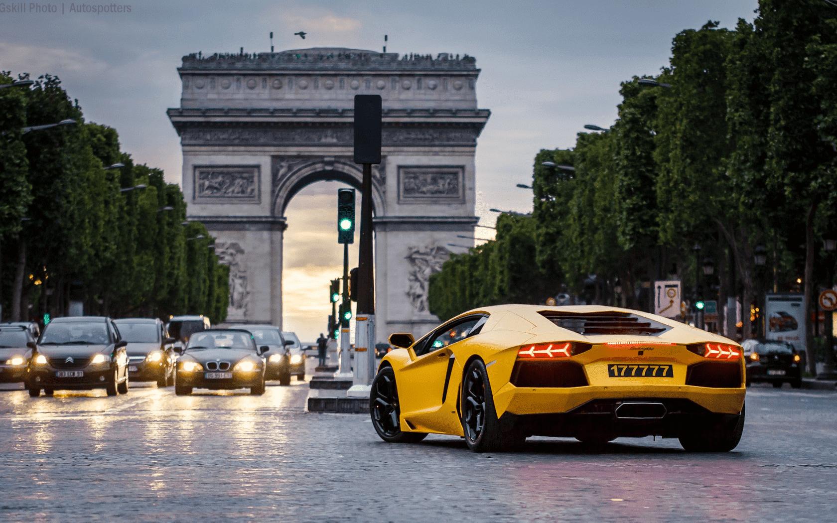 Основные нюансы оформления аренды машин в туристических городах