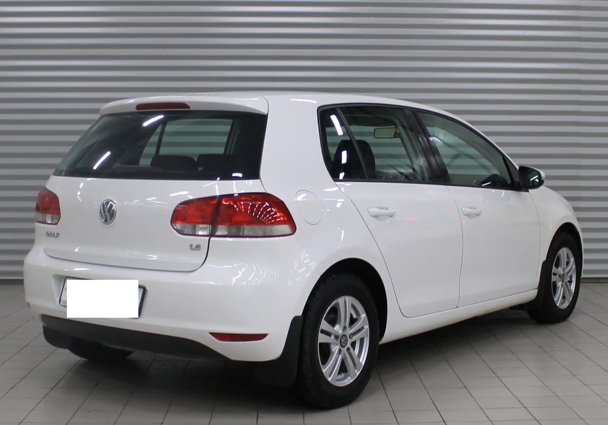 Volkswagen Golf - фото 5