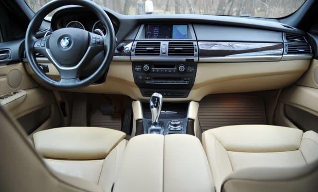 BMW X 6 5.0 xDrive - фото 6