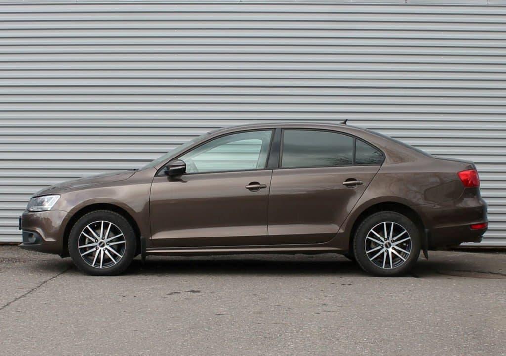 Volkswagen Jetta - фото 6