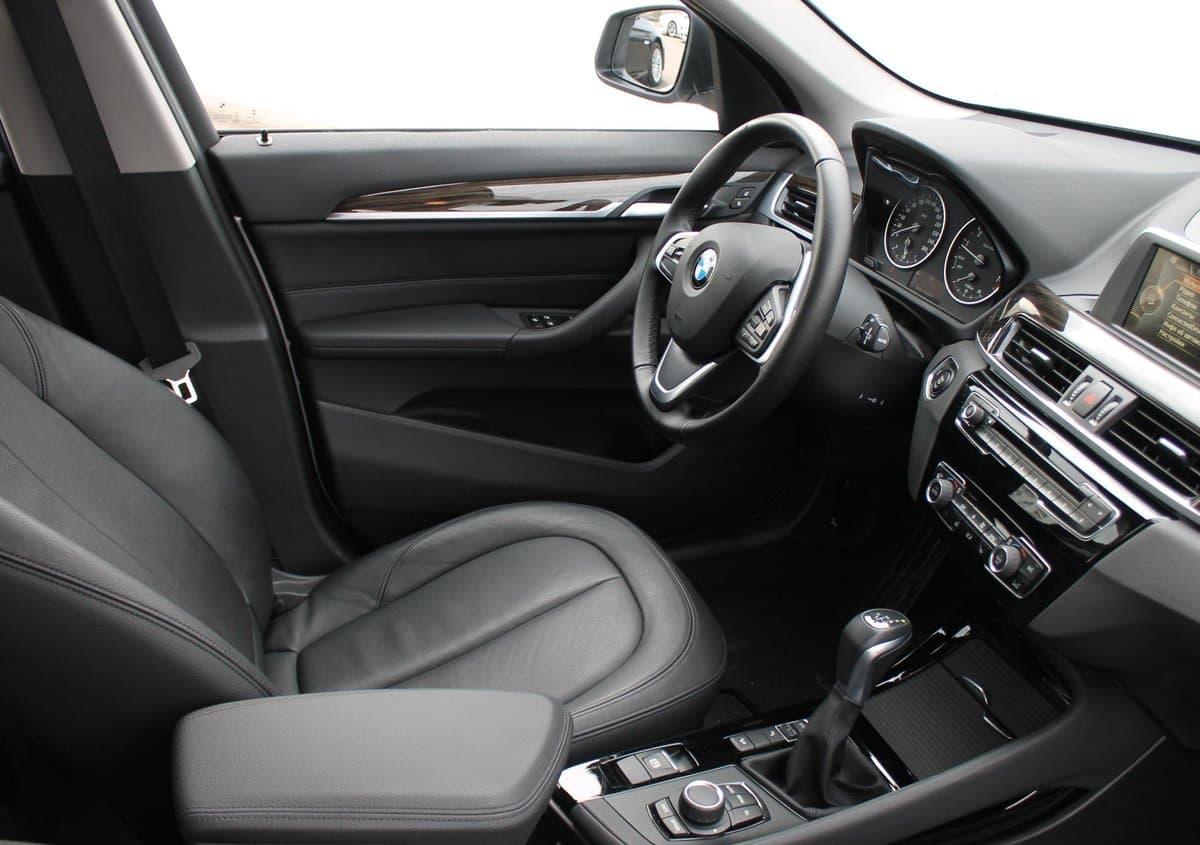 BMW X1 - фото 5