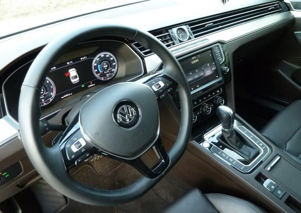 Volkswagen Passat B8 - фото 6