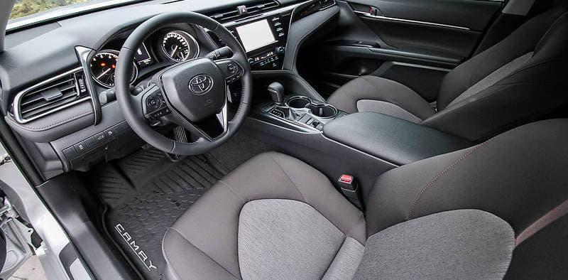 Toyota Camry 50 - фото 7