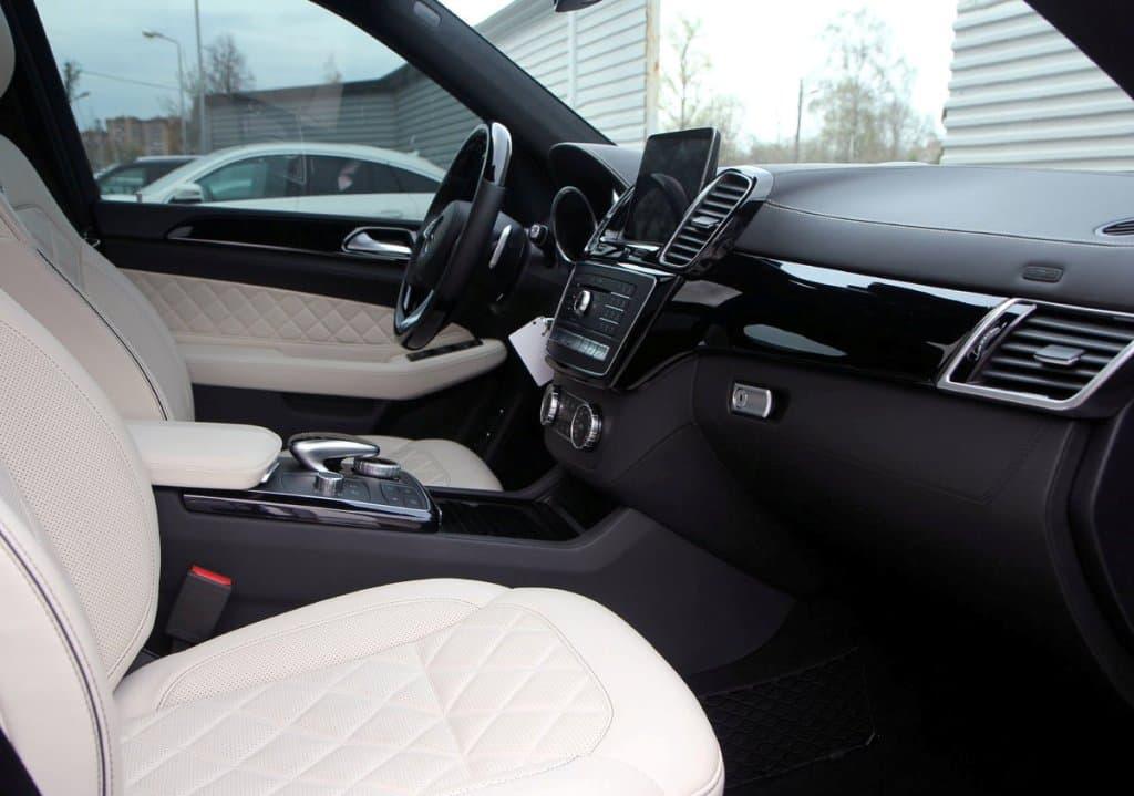 Mercedes-Benz GLS 400 AMG - фото 7