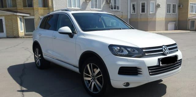 Volkswagen Touareg white - фото 6