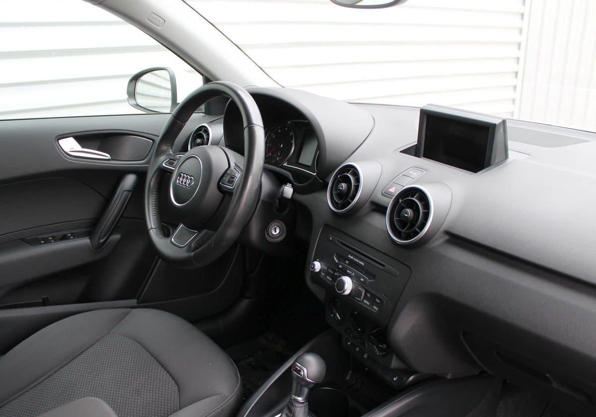 Audi А1 - фото 6