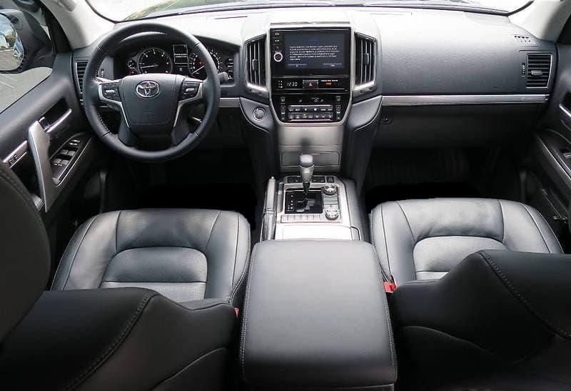 Toyota Land Cruiser 200 2018 - фото 8