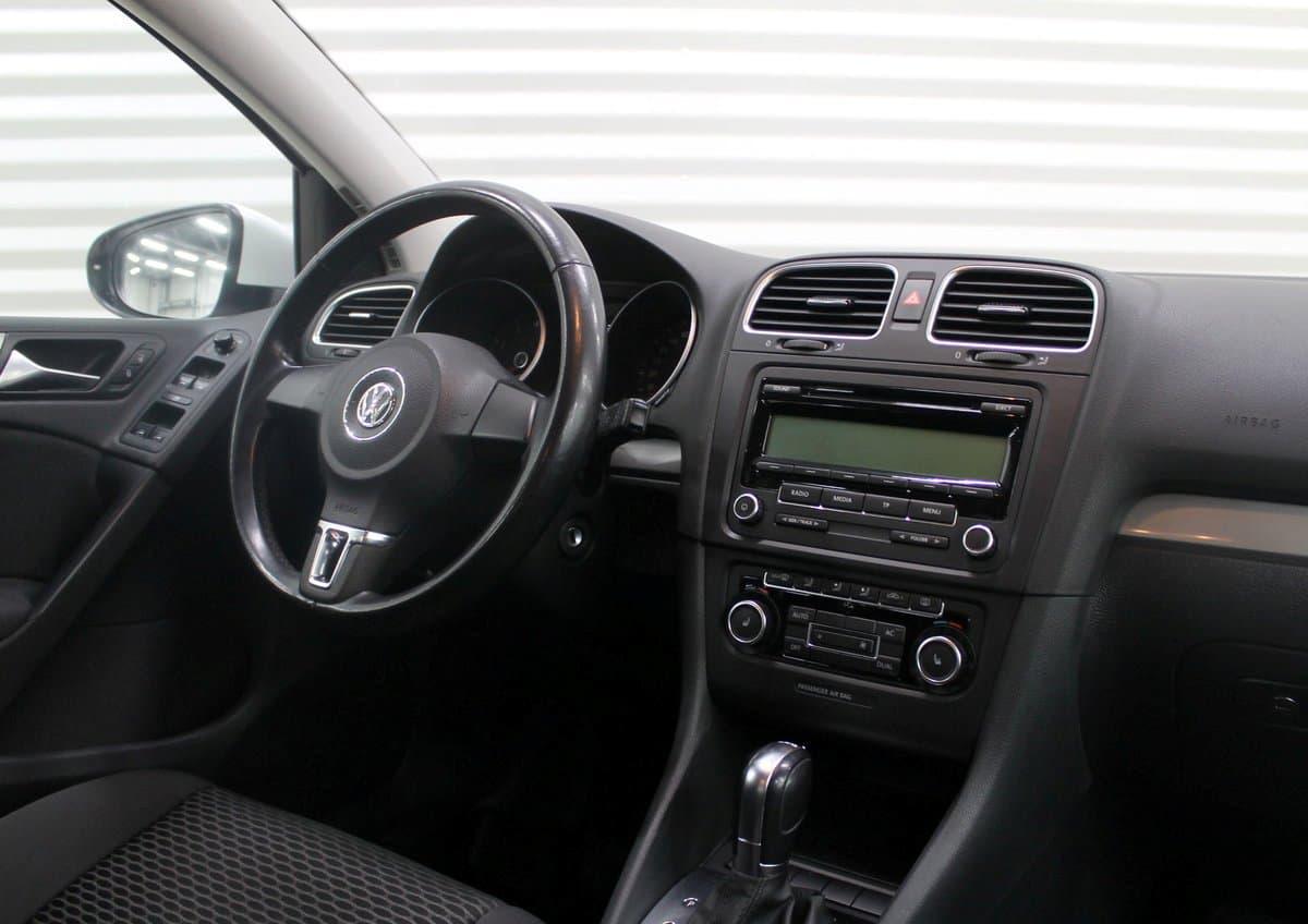 Volkswagen Golf - фото 9