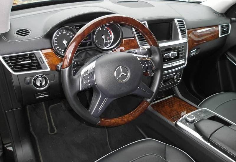 Mercedes-Benz GL550 AMG-stile - фото 7