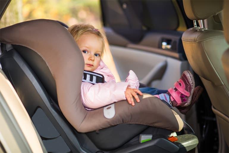 Что важно знать о перевозке в автомобиле детей