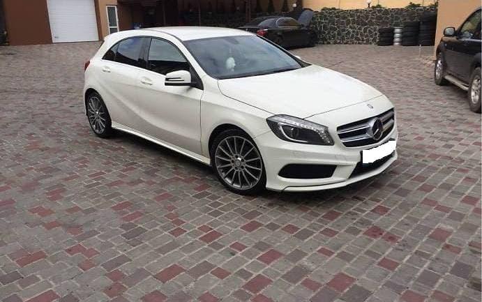 Хэтчбек Mercedes-Benz A 180 (Мерседес А 180) 2014 ����.