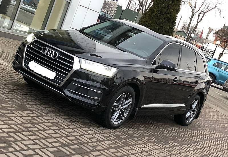 Audi Q7 3.0 TDI - фото 1