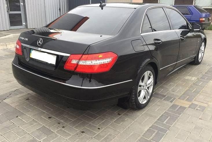 Mercedes-Benz E250 CDI - фото 2