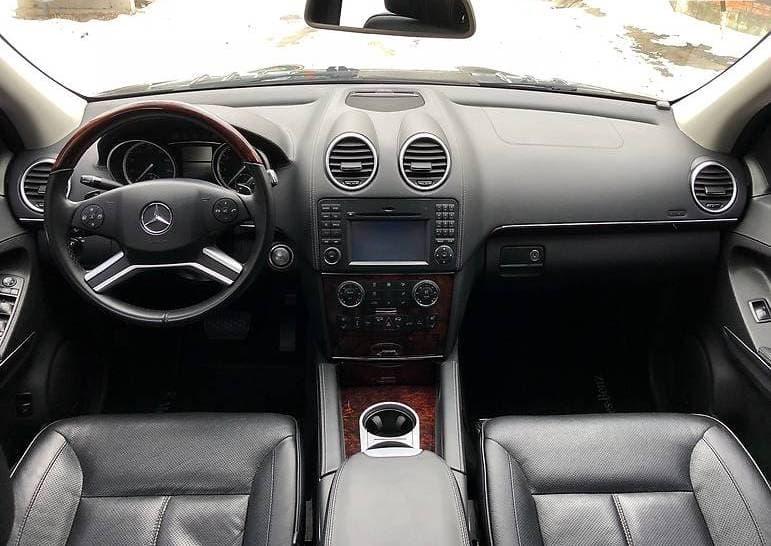 Mercedes-Benz GL 550 - фото 11