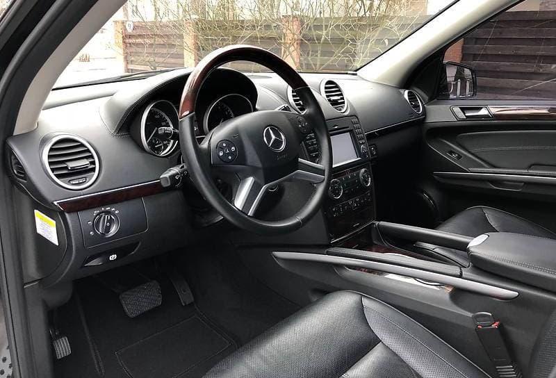 Mercedes-Benz GL 550 - фото 1