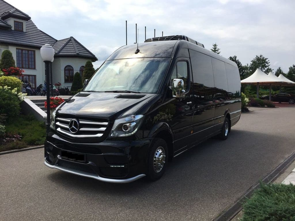 MERCEDES-BENZ SPRINTER VIP (18st) - фото