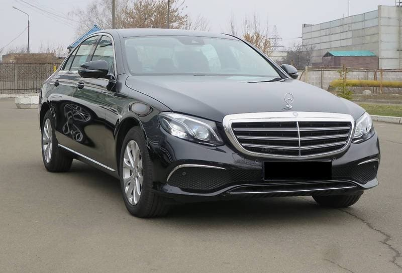 Mercedes-Benz E 220d W213 4-matic - фото