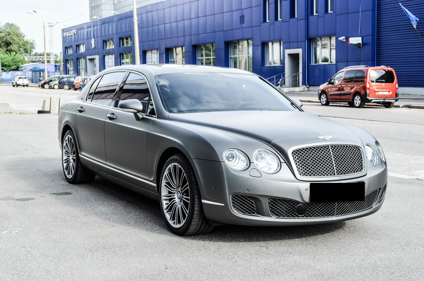 BENTLEY FLYING SPUR SPEED - фото