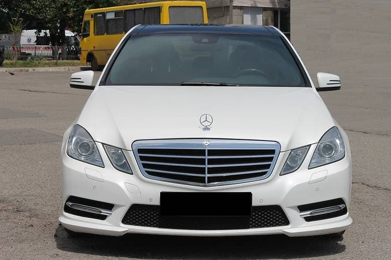MERCEDES-BENZ E350 4-MATIC W212 AMG-STILE - фото 2