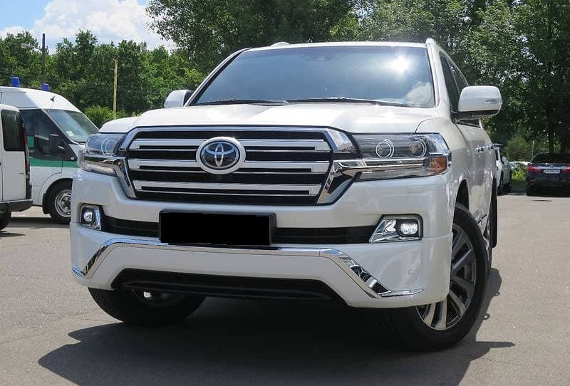TOYOTA LAND CRUISER 200 2018 - фото