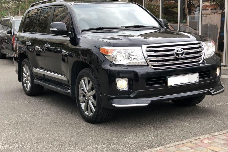 Toyota Land Cruiser 200 - фото 3