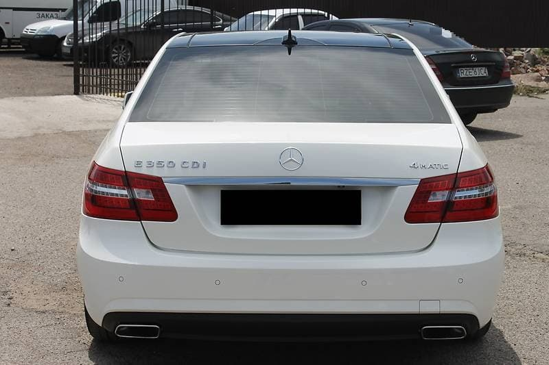 MERCEDES-BENZ E350 4-MATIC W212 AMG-STILE - фото 6