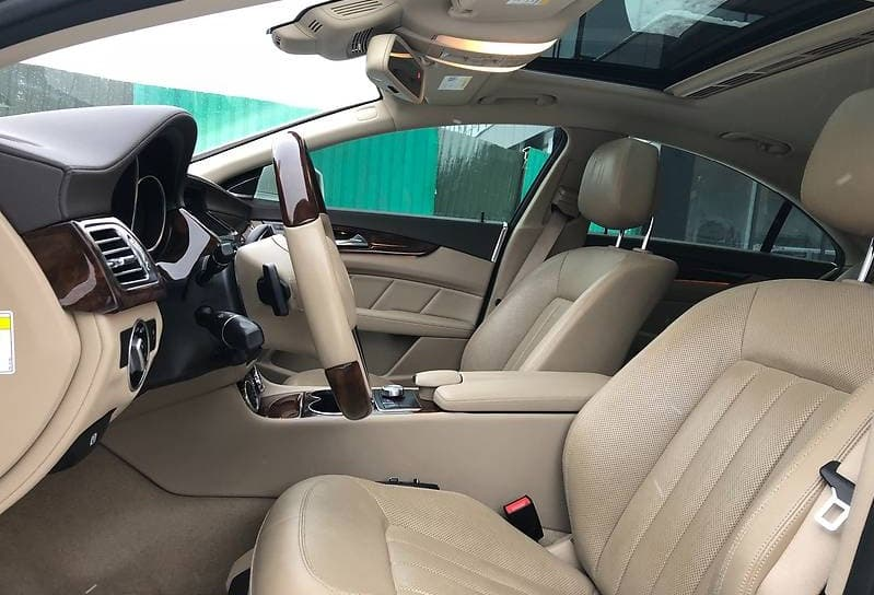 Mercedes-Benz CLS550 AMG 4-matic - фото 6