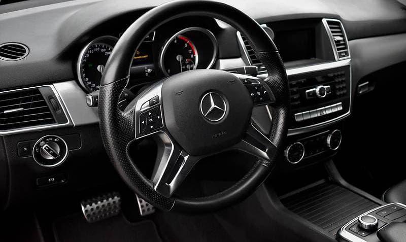 Mercedes-Benz ML350 4-matic - фото 7